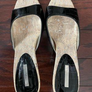 Michael Antonio Aydin style womens patent slippers